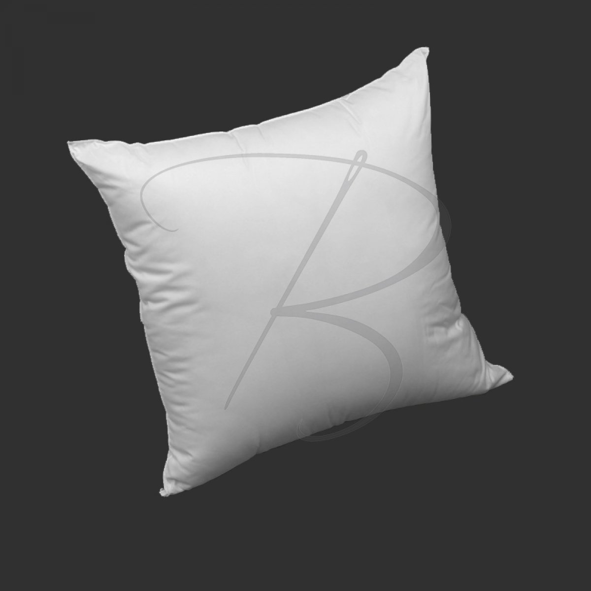 PYRENEES Synthetic Pillow - 60 x 60